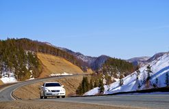La route de montagne. Image libre de droits