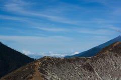 La route ijen dedans le cratère, Java-Orientale, Indonésie Photo stock