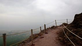 La route jusqu'au dessus du Vésuve photographie stock