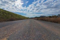 La route le beau jour photographie stock