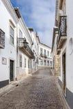 La rue au centre historique de Faro, Portugal Photo libre de droits