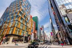 La rue commerciale principale Ginza - à Tokyo Photo stock