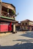 La rue d'achats et une boutique de souvenirs Photo stock