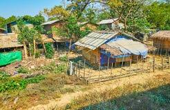 La rue de village, région de Bago, Myanmar Images libres de droits
