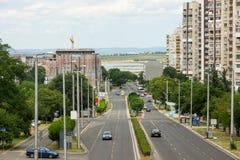 La rue menant à la mer, Bourgas, Bulgarie Photos stock