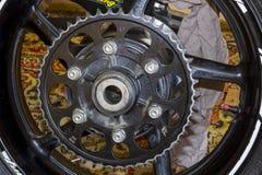 La ruota posteriore mette in mostra la bici Immagine Stock Libera da Diritti