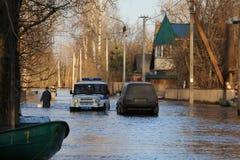 """La Russia, †di Kirov """"27 aprile 2016: Alta marea in fiume in uno sprin Fotografie Stock Libere da Diritti"""