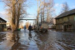 """La Russia, †di Kirov """"27 aprile 2016: Alta marea in fiume in uno sprin Fotografia Stock"""
