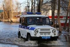 """La Russia, †di Kirov """"27 aprile 2016: Alta marea in fiume in uno sprin Fotografia Stock Libera da Diritti"""