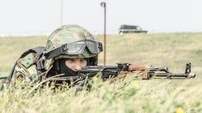 La Russia, Belgorod, il 25 luglio 2016: esercizi delle unità militari speciali infuri la base catturata in vari modi Fotografia Stock Libera da Diritti