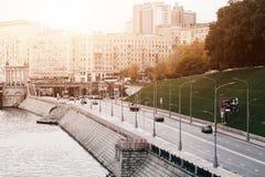 LA RUSSIA, MOSCA, IL 13 OTTOBRE 2017: Paesaggio urbano della città Stagione di estate Immagine editoriale Retro immagine di stile Fotografie Stock Libere da Diritti