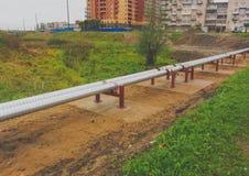 La Russia, nuova via della pianta del tubo di Nikolskoye 2016 Fotografia Stock Libera da Diritti