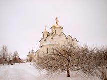 La Russia ortodossa. Cattedrale antica in un Pokrovskiy Immagini Stock Libere da Diritti
