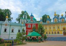 La Russia, Pechory Il monastero delle Pskov-caverne Fotografie Stock