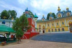 La Russia, Pechory Il monastero delle Pskov-caverne Fotografia Stock