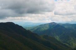 La Russia Regione di Krasnodar Picchi di montagna in Adygea Fotografia Stock