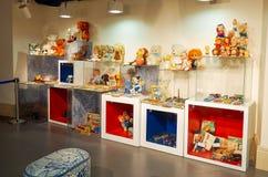 La Russia Toy Museum nel deposito centrale del ` s dei bambini 11 febbraio 2018 Fotografia Stock
