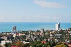 La Russie. Caucase. Sotchi. Vue sur la ville à partir du dessus Images stock