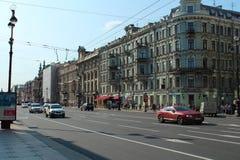 La Russie, St Petersburg, perspective de Nevsky. Photographie stock libre de droits