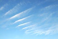 La sérénité de ciel bleu photos stock