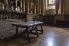 La sacristie est un espace rectangulaire de 12 par 22 mètres, un maître Photo stock