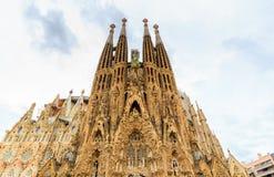 La Sagrada Familia - de indrukwekkende die kathedraal door architect Gaudi wordt ontworpen, die is bouwt sinds 19 Maart, 1882 en  Royalty-vrije Stock Foto's