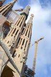 La Sagrada Familia, domkyrkan planlade av Gaudi, som är byggande sedan 19 mars 1882 Royaltyfri Bild