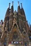La Sagrada Familia i Barcelona, Spanien Arkivbilder