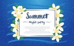 La saison de salutation de partie de nuit d'été avec le Plumeria fleurit le cadre o Photo libre de droits
