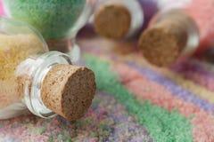 La sal condimentada para un cuarto de baño Imágenes de archivo libres de regalías