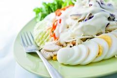 La salade s'est mélangée pour sain Photo stock