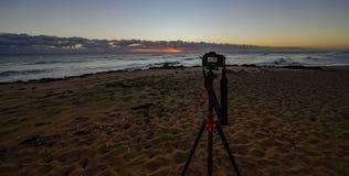 La salida del sol en la cámara foto de archivo