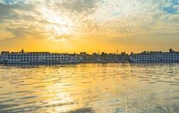 La salida del sol en Luxor Fotos de archivo
