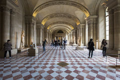 La salle de cariatides, le Louvre, Paris, France photographie stock libre de droits
