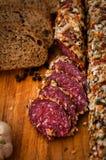 La salsiccia ha cucinato la salsiccia affumicata, fotografia stock libera da diritti