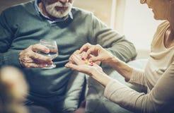La salute è importante nella nostra età immagine stock