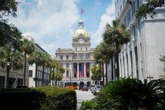 LA SAVANE, GA, ETATS-UNIS - 20 JUILLET 2015 : Centre municipal de Savannah City Hall aka avec le dôme et l'horloge d'or Photographie stock libre de droits
