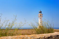 La Savina Sabina Leuchtturm in Formentera lizenzfreie stockfotos