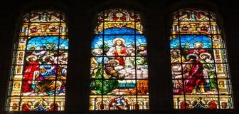 La scène de dernier dîner sur des fenêtres en verre teinté à Malaga Cathedr photographie stock