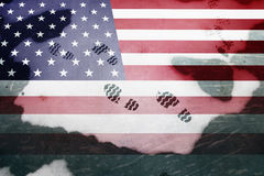 La scarpa stampa i dettagli sulla bandiera dipinta degli S.U.A. Fotografia Stock Libera da Diritti