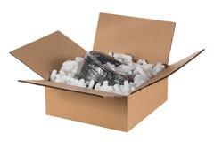 La scatola ha preparato per una consegna, con cavo immagine stock