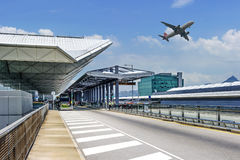 La scena della costruzione dell'aeroporto a Schang-Hai Immagini Stock