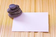 La scheda di carta e gli sheels, aggiungono il vostro testo Immagini Stock