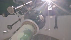 La science Aperçu du coronographe solaire sous le dôme de la haute solaire d'observatoire dans les montagnes du banque de vidéos