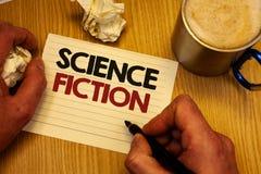 La science-fiction d'écriture des textes d'écriture Les aventures fantastiques futuristes de genre de divertissement d'imaginatio photographie stock