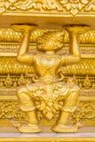 La scimmia dorata scolpisce la struttura della religione di buddismo Fotografie Stock