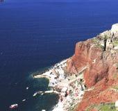 La scogliera del mare ed il vecchio porto Immagini Stock Libere da Diritti