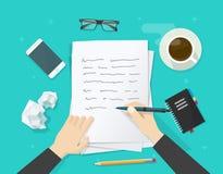 La scrittura dello scrittore sullo strato di carta, il posto di lavoro, desktop dell'autore, scrive la lettera Fotografia Stock