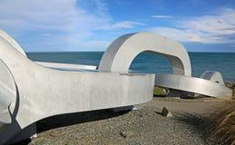 La sculpture à chaînes disparaît dans Pacifique Photos libres de droits