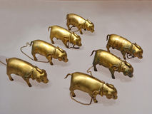 La sculpture de cuivre antique en porcs Photo stock